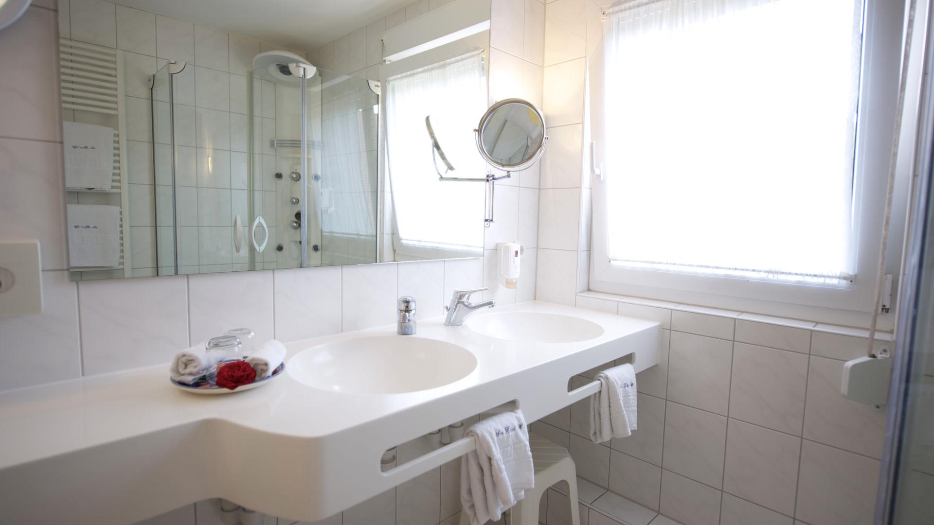 Waschtisch der Feng-Shui Suite