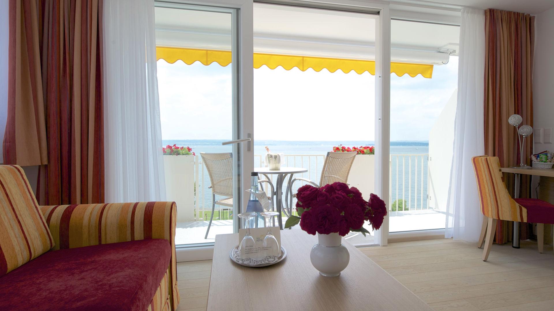 Blick vom Balkon der Suite des See Hotel Off auf den Bodensee